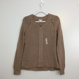 Old Navy Women's Sweater Size M  V Neck